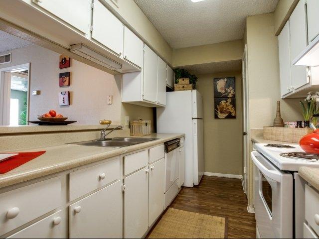 Kitchen at Listing #136395