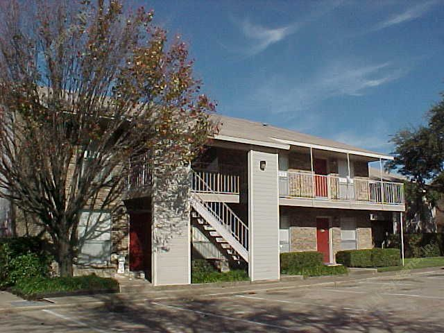 Pepperwood Apartments Garland TX