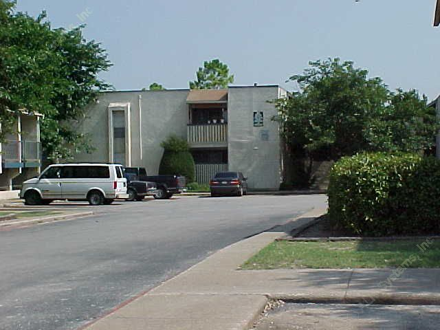 Casa Bella Apartments Dallas TX