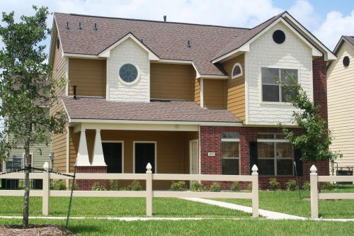 Exterior 3 at Listing #150836