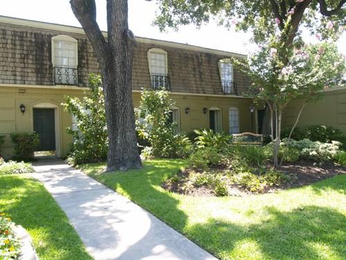 Dunhill Apartments Houston TX