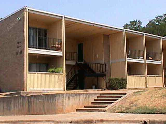 Exterior 3 at Listing #136935