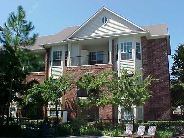 Post Oak Park I Apartments Houston, TX