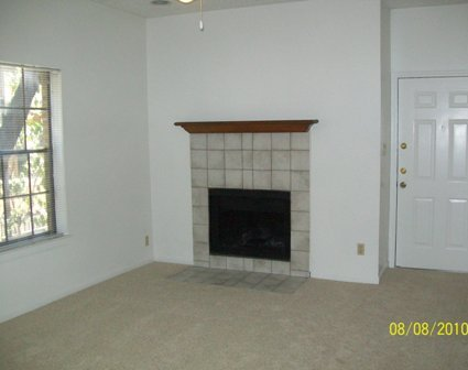 Living at Listing #232467