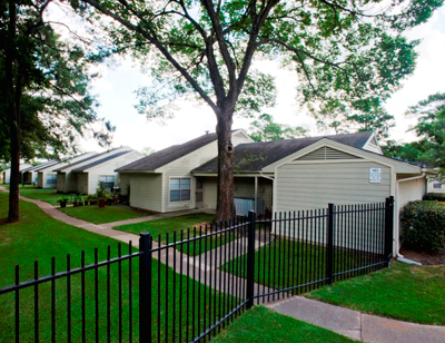 Forest Green Townhouses Apartments Houston, TX