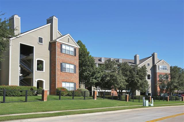 MacArthur Ridge Apartments Irving, TX