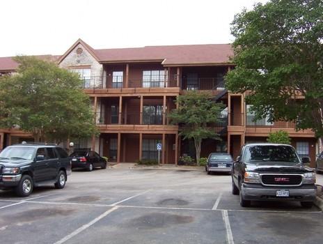 Crockett at Lamar Place Apartments Austin TX