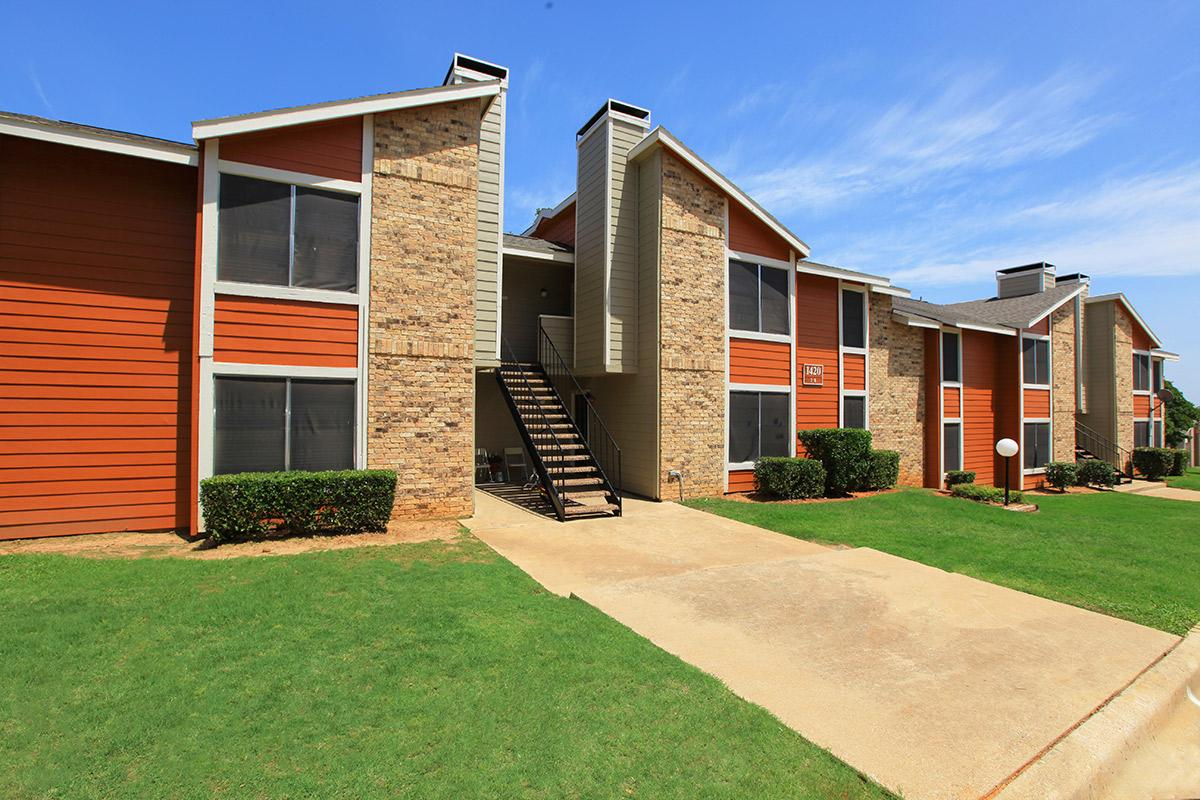 Exterior at Listing #136988