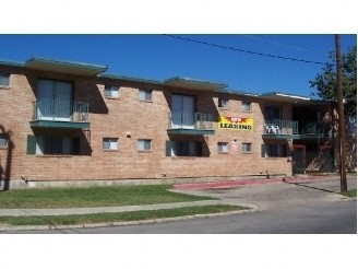 Green Court Apartments San Antonio, TX
