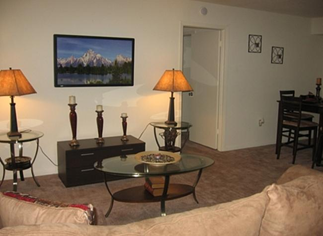 Living at Listing #139961