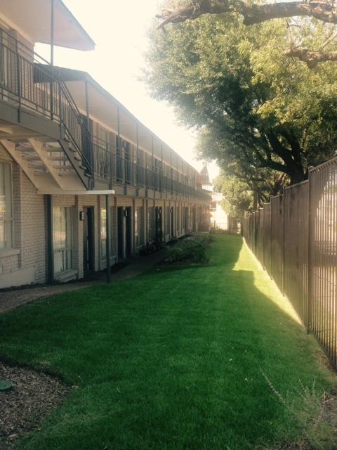 Park Beverly Apartments Dallas TX
