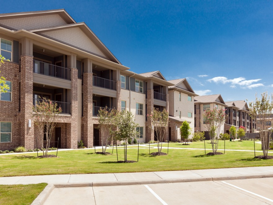 Ovation at Lewisville Apartments Lewisville, TX