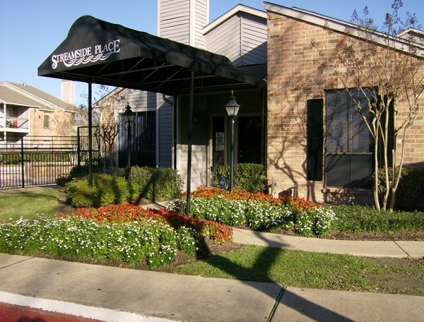 Streamside Place Apartments Houston TX