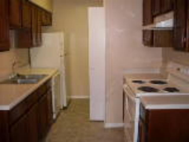 Kitchen at Listing #136705