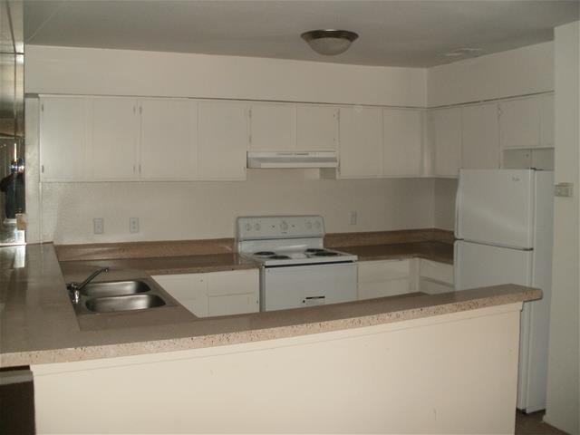 Kitchen at Listing #139869