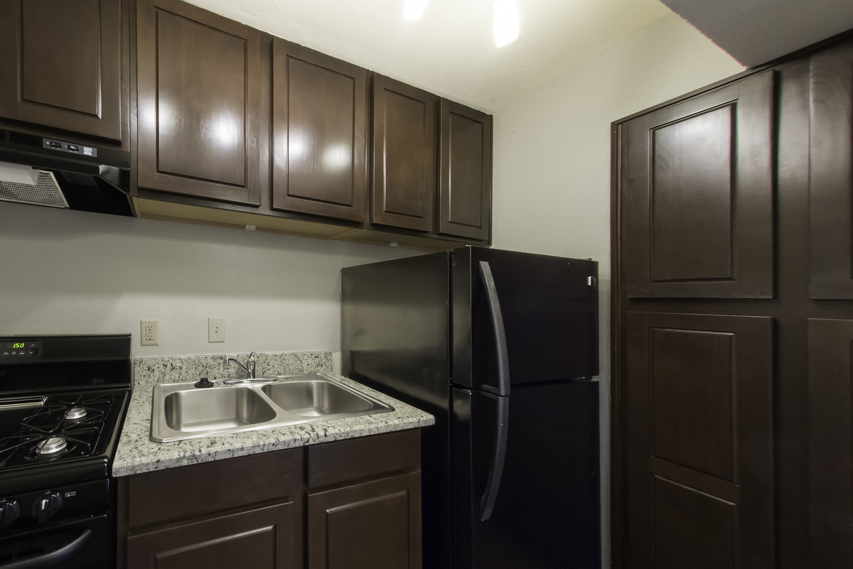 Kitchen at Listing #137333