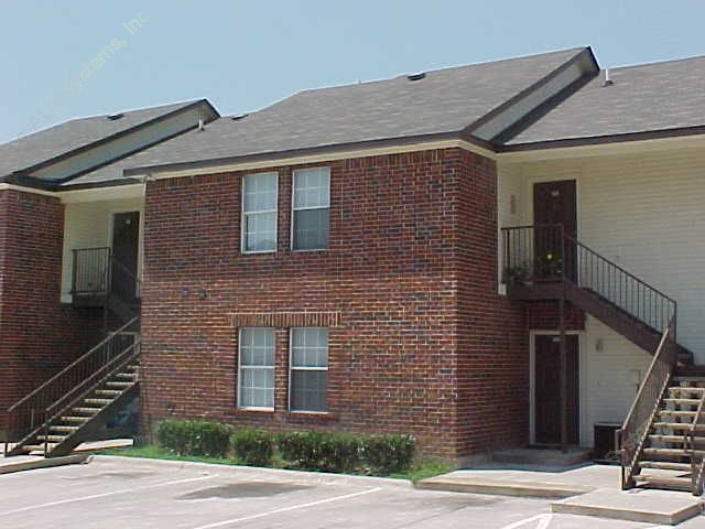 Davis Plaza ApartmentsNorth Richland HillsTX