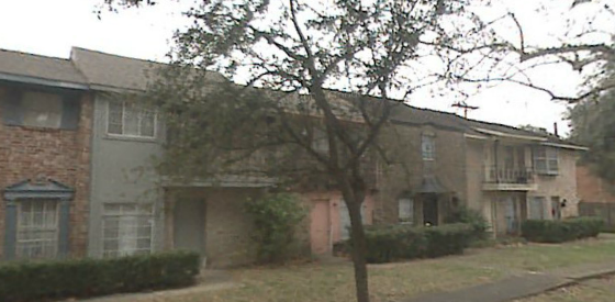 Royal Oaks ApartmentsAlvinTX