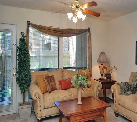 Living at Listing #137085