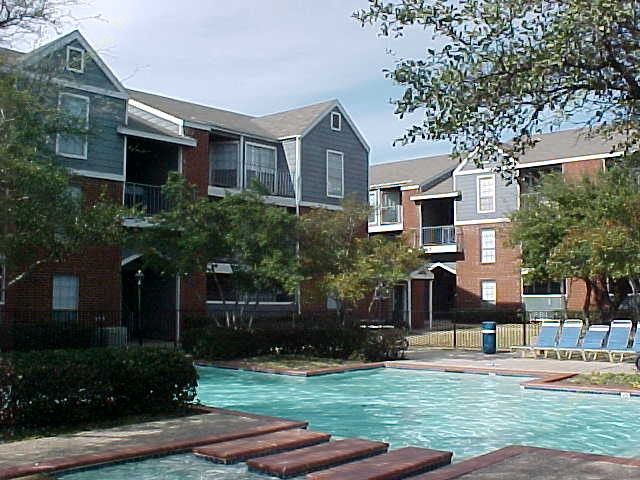 Heatherwood Apartments Dallas, TX