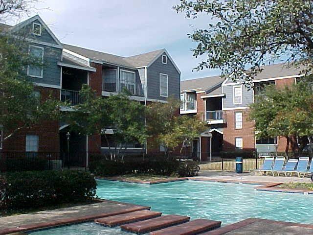 Heatherwood Apartments Dallas, TX