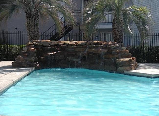 Pool at Listing #139961