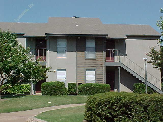 Del Rey Village Apartments Dallas, TX