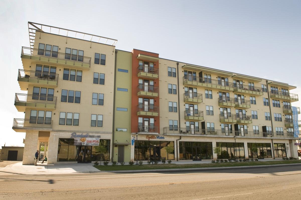 704 Apartments Austin, TX