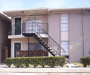 Emerald Pointe Apartments Pasadena TX