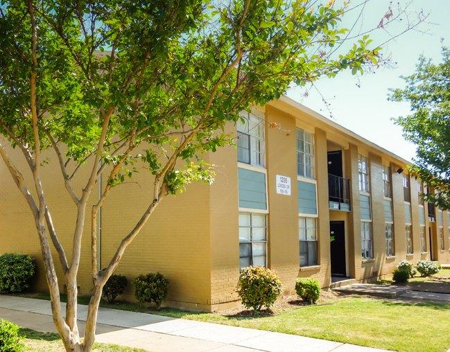 Spanish Hacienda Apartments Fort Worth, TX