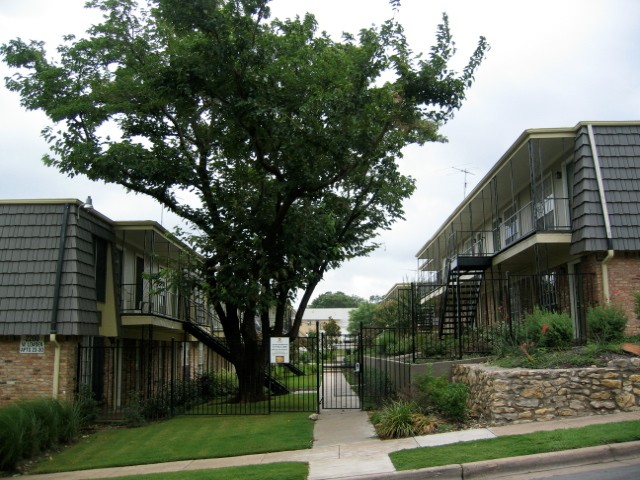 Lowden Terrace Apartments Fort Worth TX