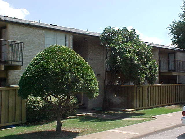 Highland Road Village Apartments Dallas, TX