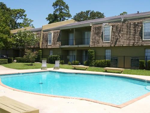 Pool at Listing #139397