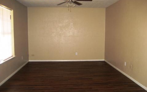 Living at Listing #214009