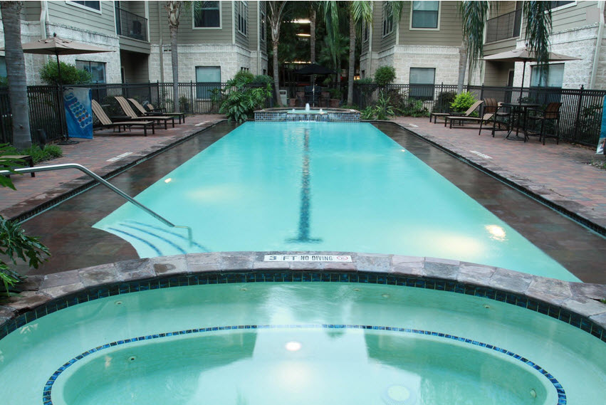 Pool at Listing #144178