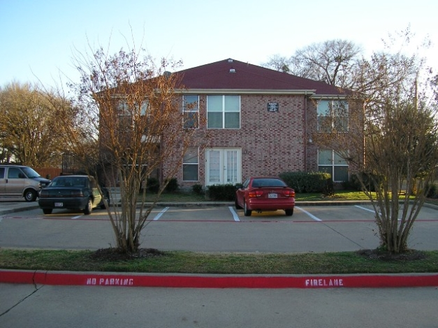 Medlin Square Apartments Arlington, TX