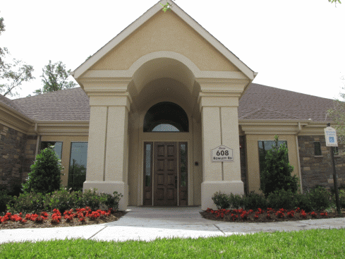 Exterior at Listing #146889
