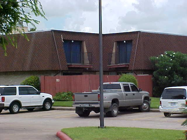 Oak Hollow Apartments Alvin, TX