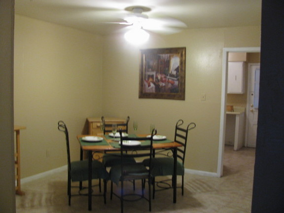 Dining at Listing #140941