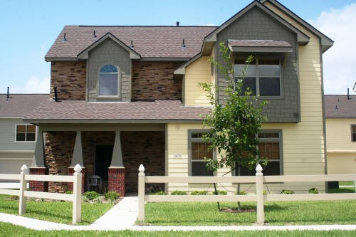 Exterior 1 at Listing #150836