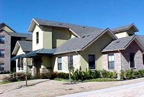 Exterior 2 at Listing #136054