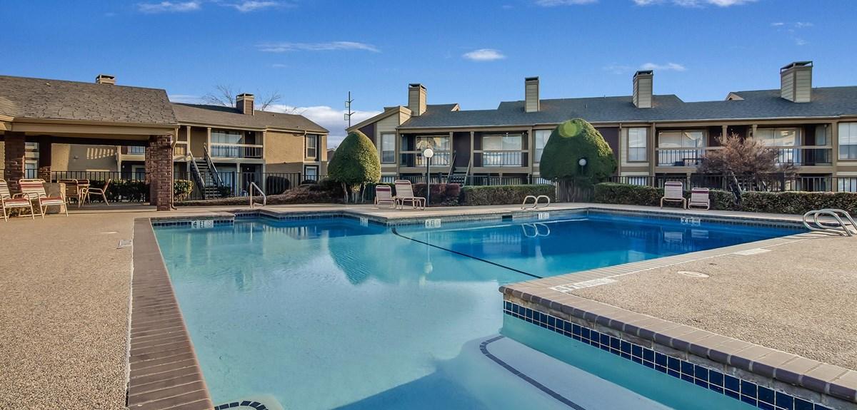 Pool at Listing #135634